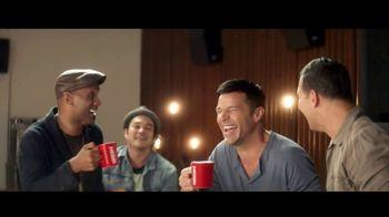 Nescafe Clásico TV Spot, '¡Descubre cómo Ricky vive con sabor!' [Spanish] - Thumbnail 4