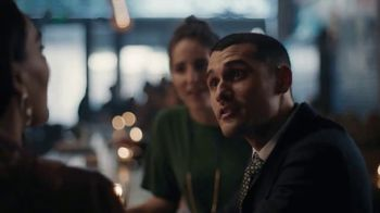 Johnnie Walker Black Label TV Spot, 'A Toast to All Americans, Old and New' - Thumbnail 5