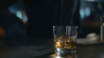 Johnnie Walker Black Label TV Spot, 'A Toast to All Americans, Old and New' - Thumbnail 6