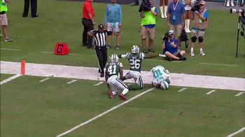 Microsoft Surface TV Spot, 'NFL Sidelines: Miami Replay' - Thumbnail 6