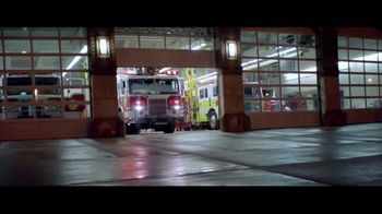 Verizon TV Spot, 'First Responders: An Extra Place' - Thumbnail 9