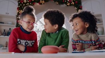 Google Home Mini TV Spot, 'Call Santa'