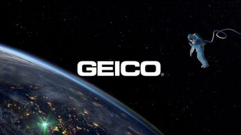 GEICO TV Spot, 'Lighten Up' - Thumbnail 10