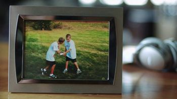 Bose TV Spot, 'Family and Football' Featuring Kirk Cousins - Thumbnail 4