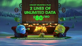 Cricket Wireless Unlimited 2 Plan TV Spot, 'Holiday Magic: Two Lines' - Thumbnail 4