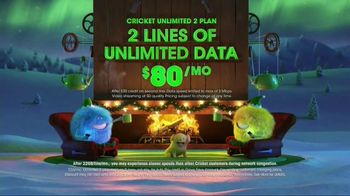Cricket Wireless Unlimited 2 Plan TV Spot, 'Holiday Magic: Two Lines' - Thumbnail 5