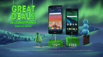 Cricket Wireless Unlimited 2 Plan TV Spot, 'Holiday Magic: Two Lines' - Thumbnail 6