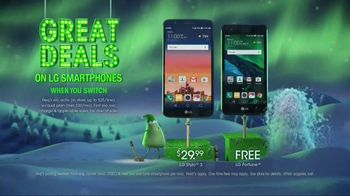 Cricket Wireless Unlimited 2 Plan TV Spot, 'Holiday Magic: Two Lines' - Thumbnail 7