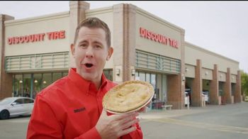 Discount Tire TV Spot, 'Thanksgiving Deals on Tires and Wheels'