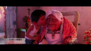 Fandango TV Spot, 'Coco' - Thumbnail 2