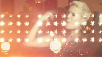 Jeep Renegade TV Spot, 'Release Your Renegade' Feat. Halsey, Chloe Nixon [T1] - Thumbnail 3