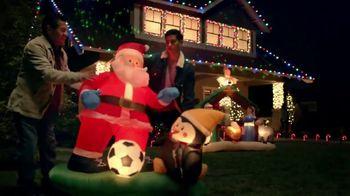 The Home Depot Black Friday Savings TV Spot, 'Árboles de Navidad' [Spanish] - Thumbnail 5
