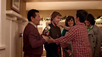 The Home Depot Black Friday Savings TV Spot, 'Árboles de Navidad' [Spanish] - Thumbnail 8
