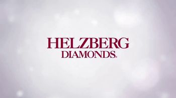 Helzberg Diamonds TV Spot, 'Holiday Xbox Offer: Outside the Box' - Thumbnail 8