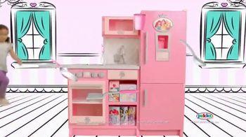 Disney Princess Style Collection Gourmet Kitchen TV Spot, 'Cooking' - Thumbnail 3