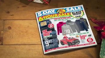Bass Pro Shops 5 Day Sale TV Spot, 'Knives and Crossbow' Ft. Kevin VanDam - Thumbnail 3