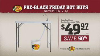 Bass Pro Shops Pre-Black Friday Hot Buys TV Spot, 'Jackets and Tables' - Thumbnail 9
