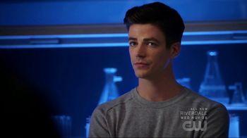 Microsoft Surface TV Spot, 'The Flash: DNA' Ft. Grant Gustin, Tom Cavanagh - Thumbnail 6