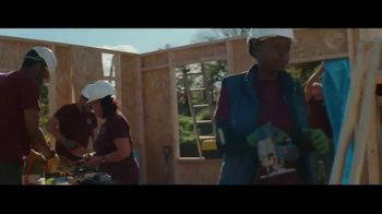 State Farm TV Spot, 'Handyman' - Thumbnail 6