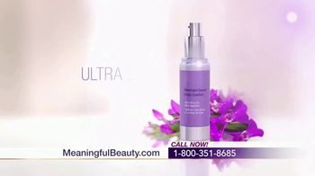 Meaningful Beauty Ultra TV Spot, 'Confidence' Featuring Cindy Crawford - Thumbnail 7
