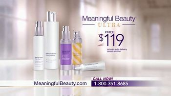 Meaningful Beauty Ultra TV Spot, 'Confidence' Featuring Cindy Crawford - Thumbnail 8