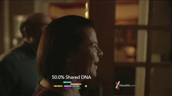 23andMe DNA Kit TV Spot, '100 Percent Family' - Thumbnail 4
