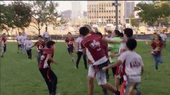 Bose TV Spot, 'NFL: Football Families' Featuring Ryan Kerrigan - Thumbnail 5