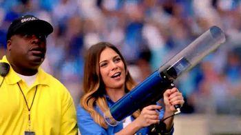 FOX Sports GO TV Spot, 'T-Shirt Cannon'