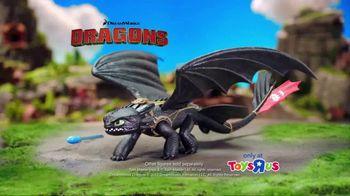 DreamWorks Dragons Barrel Roll Toothless TV Spot, 'Defend Berk' - Thumbnail 9