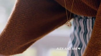 Alex and Ani Meditating Eye TV Spot, '#SymbolRightNow: Gratitude' - Thumbnail 6