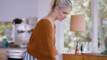 Alex and Ani Meditating Eye TV Spot, '#SymbolRightNow: Gratitude' - Thumbnail 8