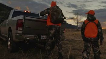 Cabela's Black Friday Door Buster Sale TV Spot, 'Outdoor Moments'