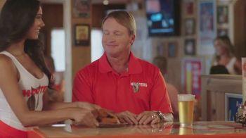 Hooters TV Spot, 'The Game' Featuring Jon Gruden - Thumbnail 1