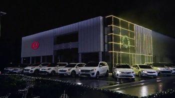 Kia Light Up the Holidays Sales Event TV Spot, 'Light Show' - Thumbnail 3
