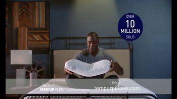 Tempur-Pedic Black Friday TV Spot, 'BOGO Pillows' - Thumbnail 1