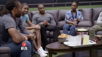USAA TV Spot, 'Salute to Service: Thanksgiving Dinner' Ft. Larry Fitzgerald - Thumbnail 5