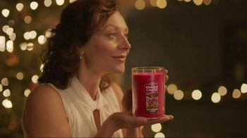 Yankee Candle 2017 Holiday Collection TV Spot, 'Holiday Fragrances' - Thumbnail 5