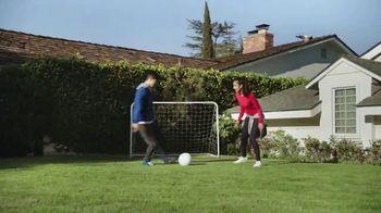 Pepsi TV Spot, 'Mamá futbolista' canción de William Davies [Spanish] - Thumbnail 3