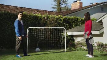 Pepsi TV Spot, 'Mamá futbolista' canción de William Davies [Spanish] - Thumbnail 7