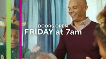 Ashley HomeStore Black Friday Event TV Spot, 'Doorbusters and Giveaways' - Thumbnail 9