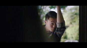 Hanes Fresh IQ TV Spot, 'End the Smelfie: Free Boxer Brief' - Thumbnail 2