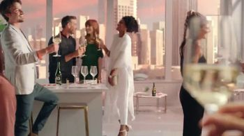 Kim Crawford Sauvignon Blanc TV Spot, 'Elevate the Moment' - Thumbnail 8