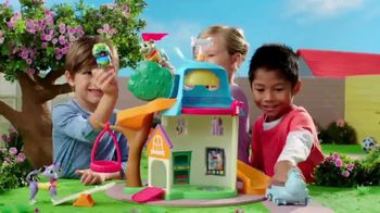 Puppy Dog Pals Doghouse Playset TV Spot, 'Disney Junior: Down the Slide' - Thumbnail 7