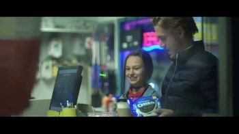 Oreo TV Spot, 'OREO Dippers' Song by Penny & the Quarters - Thumbnail 6