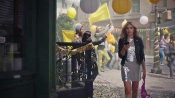 Sprint TV Spot, 'iPhone Season: iPhone Forever' - Thumbnail 3