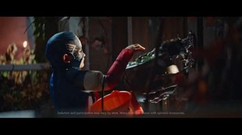Party City TV Spot, 'Halloween: I Want Candy' Song by Bow Wow Wow - Thumbnail 5