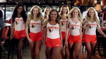 Hooters TV Spot, 'Buddies'