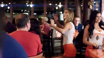 Hooters TV Spot, 'Buddies' - Thumbnail 5
