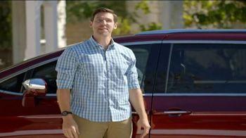 2017 Chrysler Pacifica TV Spot, 'Envy: Neighbors' [T2] - Thumbnail 2