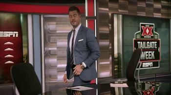 Dos Equis Most Interesting Fan TV Spot, 'ESPN: Tailgate' Feat. Jesse Palmer - Thumbnail 3